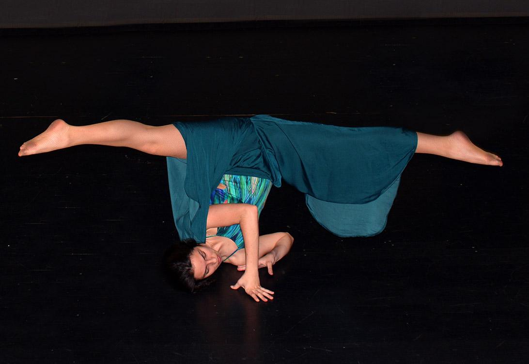Bailarina Santander oasis figura artistica